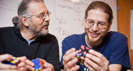 Father-son mathematicians fold math into fonts | Science News | Maths and Paper-engineering | Scoop.it