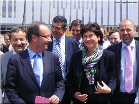 LYon-Actualités.fr: François Hollande à Lyon : la visite du merle... moqueur | LYFtv - Lyon | Scoop.it