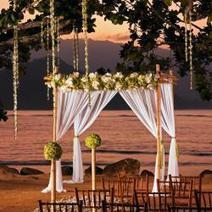 16 Hawaii Wedding Venues for Any Budget | Luxurious Wedding Must Have | Scoop.it
