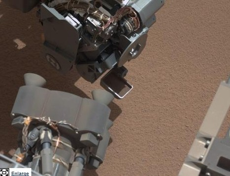 Mars rover Curiosity scoops, detects bright object | 21st Century Innovative Technologies and Developments as also discoveries, curiosity ( insolite)... | Scoop.it