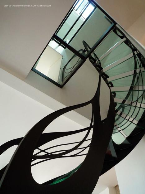 Escalier design en verre: l'arabesque de lumière | Escalier Design Mobilier Contemporain de style Art Nouveau | Scoop.it