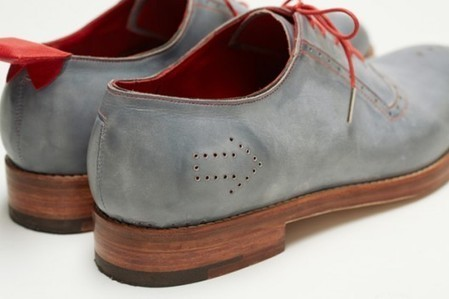 """No Place Like Home"" GPS shoes inspired by The Wizard of Oz 