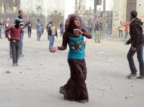 In pictures: Clashes on Qasr Al-Eini Street (24/1/2013) | Égypt-actus | Scoop.it