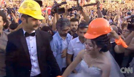 WATCH: Couple Weds In Midst Of Turkish Protest | whatshappeninginTurkey | Scoop.it