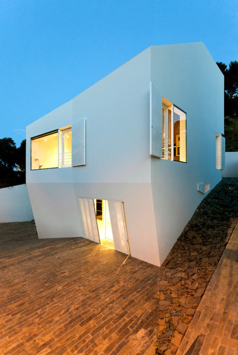 Compact White Cube House | Art | Scoop.it