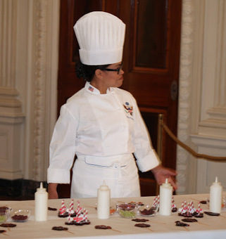 Obama Foodorama: Recipe: White House Honey Tea Lollipops, A ... | Beyond Chicken Salad | Scoop.it