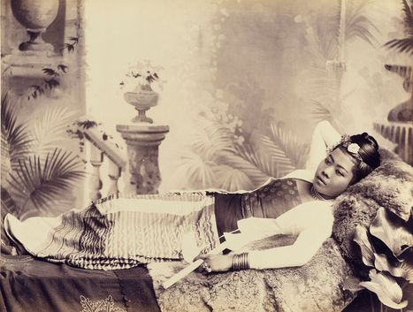 """Photo Exhibition """"Drawn from Light : Early Photography and the Indian Sub-continent"""" 