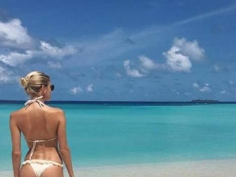 La foto dell'estate? Quella del fondoschiena. Modelle e celebrities«posano» di spalle | culi femminili | Scoop.it