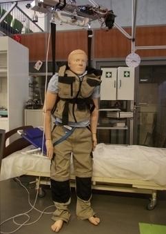 La robotique d'aide aux personnes dépendantes, une filière à développer en France | Robolution Capital | Scoop.it