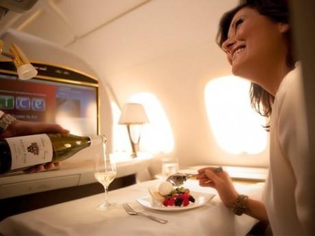Malgré tous les efforts des grands chefs, voilà pourquoi il y a beaucoup de chance que vous n'apprécierez pas votre repas dans l'avion | Corporate Food | Scoop.it