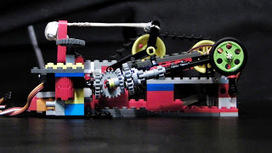 Smoked Bits: Dancing Lego and Five Servos | Internet of Things | Scoop.it