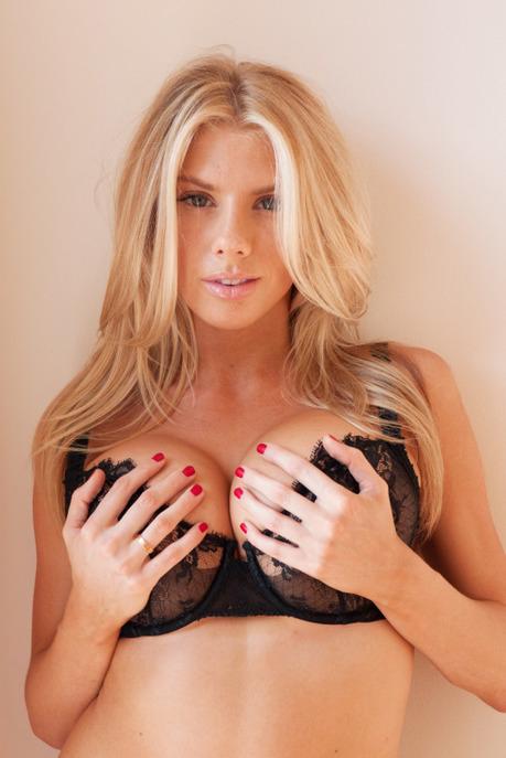 Charlotte McKinney. | Busty Boobs Babes | Scoop.it