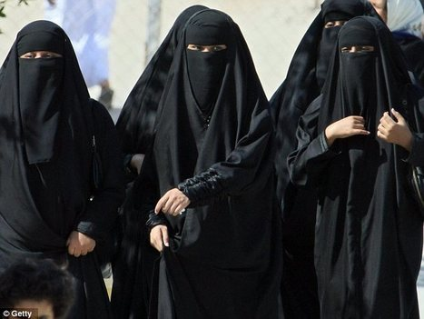 Women and their daily clothing  on the streets of Saudi Arabia | Girls of Riyadh: women rights | Scoop.it