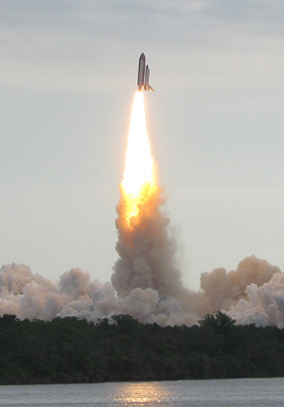Watching the Next-to-Last Shuttle Launch - News from Sky & Telescope - SkyandTelescope.com | Astronomy | Scoop.it