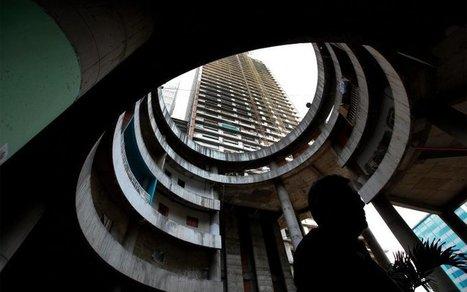 Inside The Tower of David, Venezuela's Vertical Slum | EndGameWatch | Scoop.it
