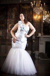 {Must Have Monday} 5 Wedding Dress Trends for Plus Size Brides | The Pretty Pear Bride | Dresses | Scoop.it