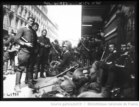 Gare du Nord, départ de dragons [soldats attendant devant la gare] : [photographie de presse] / [Agence Rol] | J'écris mon premier roman | Scoop.it