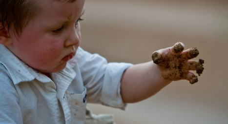 Replacing screen time with mud pies and stick sculptures - OnEarth Magazine | Nature Deficit Disorder | Scoop.it