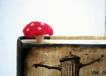 Green Dot Creations: Toadstool Mushroom Bookmark for whimsical Readings! | Needle felting art by Green Dot Creations' Studio! | Scoop.it