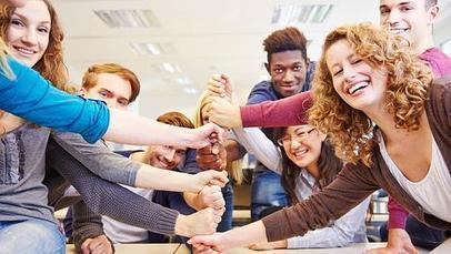 Técnicas De Comunicación - Así consiguen los adolescentes ganar  autoestima y autoconfianza | LEGO SERIOUS PLAY & tuXc Coaching | Scoop.it