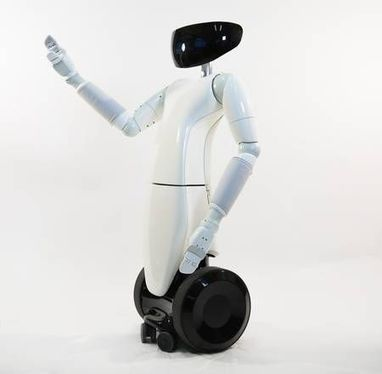 "E' made in Italy il primo robot domestico ""umanoide"" 