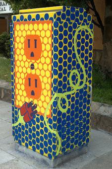 Local artists help brighten two Oakland neighborhoods (Community Voices) | QR Code Art | Scoop.it