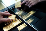 Gold Traders Seeking Floor After $66 Billion Rout: Commodities - Bloomberg | Own Gold LLC | Scoop.it