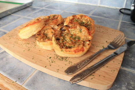 Onion, mushroom and gruyere tartlets - BrightSpring | BrightSpring and Delicious Food | Scoop.it
