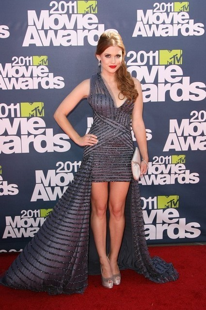 Holland Roden Body Statistics Bra, Bust, Hips, Waist Size - Body | Figure| Measurements | Holland Roden | Scoop.it
