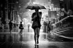 Strangers In the Rain- Photography by Danny Santos | Excell Inside, Outside, In Between | Scoop.it