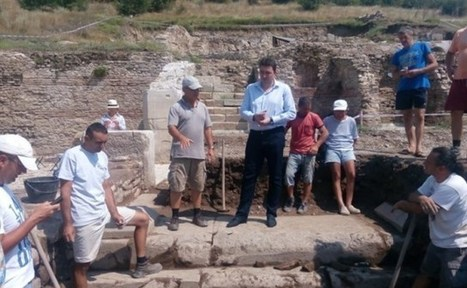 Archaeologists Discover Roman Water Fountain with Lion Heads in Ancient City Heraclea Sintica near Bulgaria's Petrich | LVDVS CHIRONIS 3.0 | Scoop.it