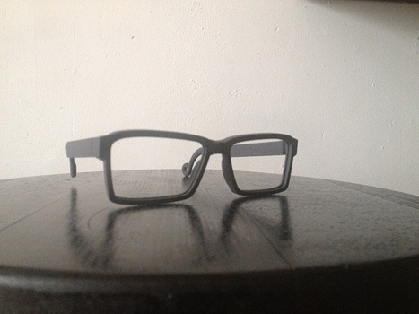 Design 3D printed glasses with Tinkercad | i.materialise 3D Printing Service Blog - watch us make the future (feel free to join in) | Mode, textile et 3D | Scoop.it