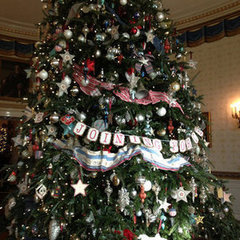 Tour the White House Holiday Decorations With Us   Affiliate tools page   Scoop.it