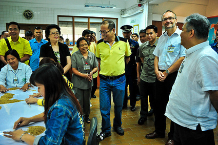 Rice research in spotlight as Philippine President visits IRRI - IRRI news (press release) | RiceResearch | Scoop.it