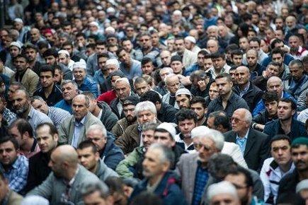En Europe, des musulmans se mobilisent contre les jihadistes de l'EI | Think outside the Box | Scoop.it