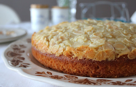 Toscakakku – Finnish almond-topped cake | Candy Buffet Weddings, Events, Food Station Buffets and Tea Parties | Scoop.it