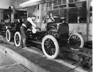 How Henry Ford's Assembly Line Changed Manufacturing | SigmaXL | Scoop.it