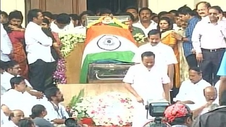 People pay their last respects to Jayalalithaa at Rajaji Hall | NewsX | Scoop.it
