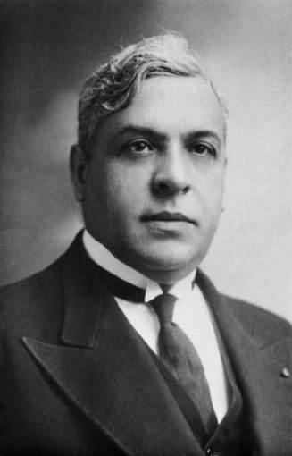 Sousa Mendes saved more lives than Schindler so why isn't he a household name too? | Holocaust Resistance Movements | Scoop.it