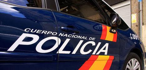 Uniformes de la Policía, munición 9 milímetros, soportes de DNI y pasaportes, robados en Pontevedra | Mundo Criminal | Scoop.it