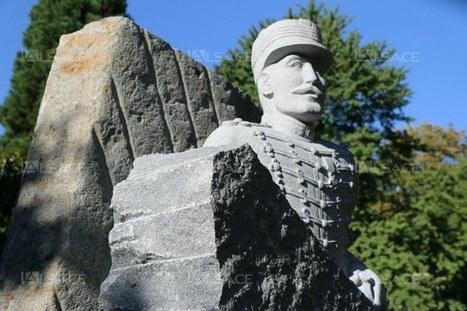 La statue du capitaine Dreyfus installée square Steinbach | Alsace Actu | Scoop.it