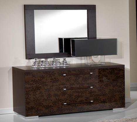 Get yourself ready in front of stylish dressingtable | Bravo Furniture | Scoop.it