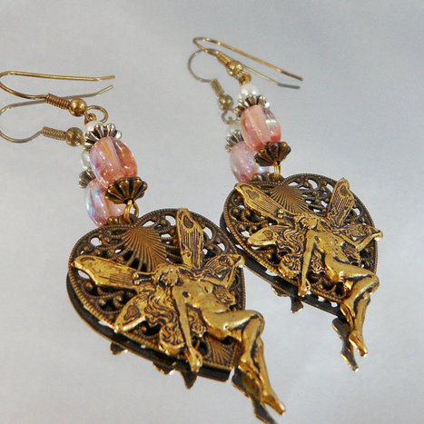 Vintage Fairy Earrings.  French Hook.  Pink Bead.  Faux Pearl.   boucles d'oreille   Scoop.it