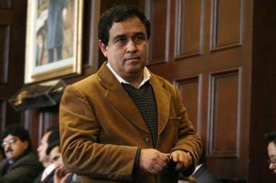 La notaría de Otárola benefició a Cesar Alvarez en licitaciones #MafiaAncash   RenovaciónPolitica   Scoop.it