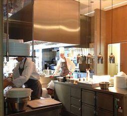 Frankfurt's sensational luxury Jumeirah hotel | Luxury Destinations | Scoop.it