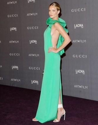 Las celebrities se apuntan al color de moda: ¡verde que te quiero verde! - Las celebrities se apuntan al color de moda: ¡verde que te quiero verde! | modablum | Scoop.it