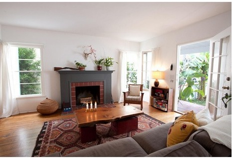 """Living room with hardwood floor and great area rug!   Alexanian Carpet & Flooring - """"The World at Your Feet"""" www.alexanian.com   Scoop.it"""