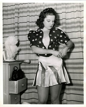 Modern Woman Mondays: Stars & Stripes Forever | Kitschy Kitschy Coo | Herstory | Scoop.it