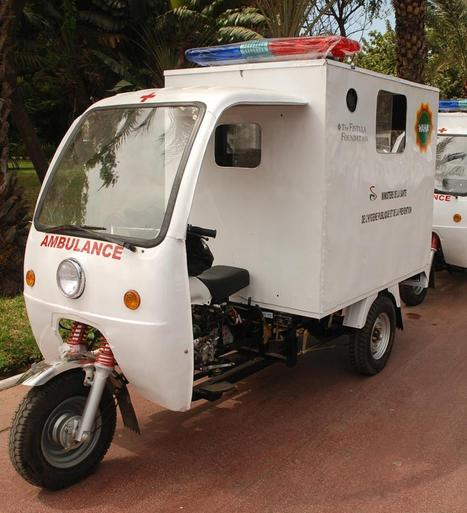 Reducing maternal mortality with motorcycle ambulances | Women's WorldWide Web | Women's Empowerment | Scoop.it