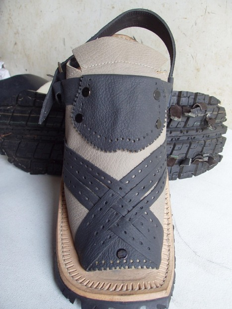 Balochi Full-Covered Leather Sandals | Handmade Shoes | Scoop.it